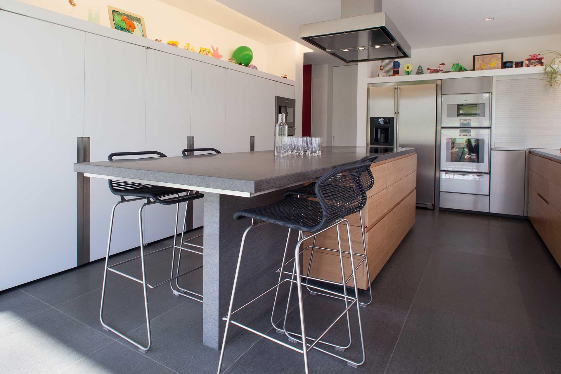 marmor radermacher exklusive b der k chenarbeitsplatten treppen boden und wandbel ge auf. Black Bedroom Furniture Sets. Home Design Ideas
