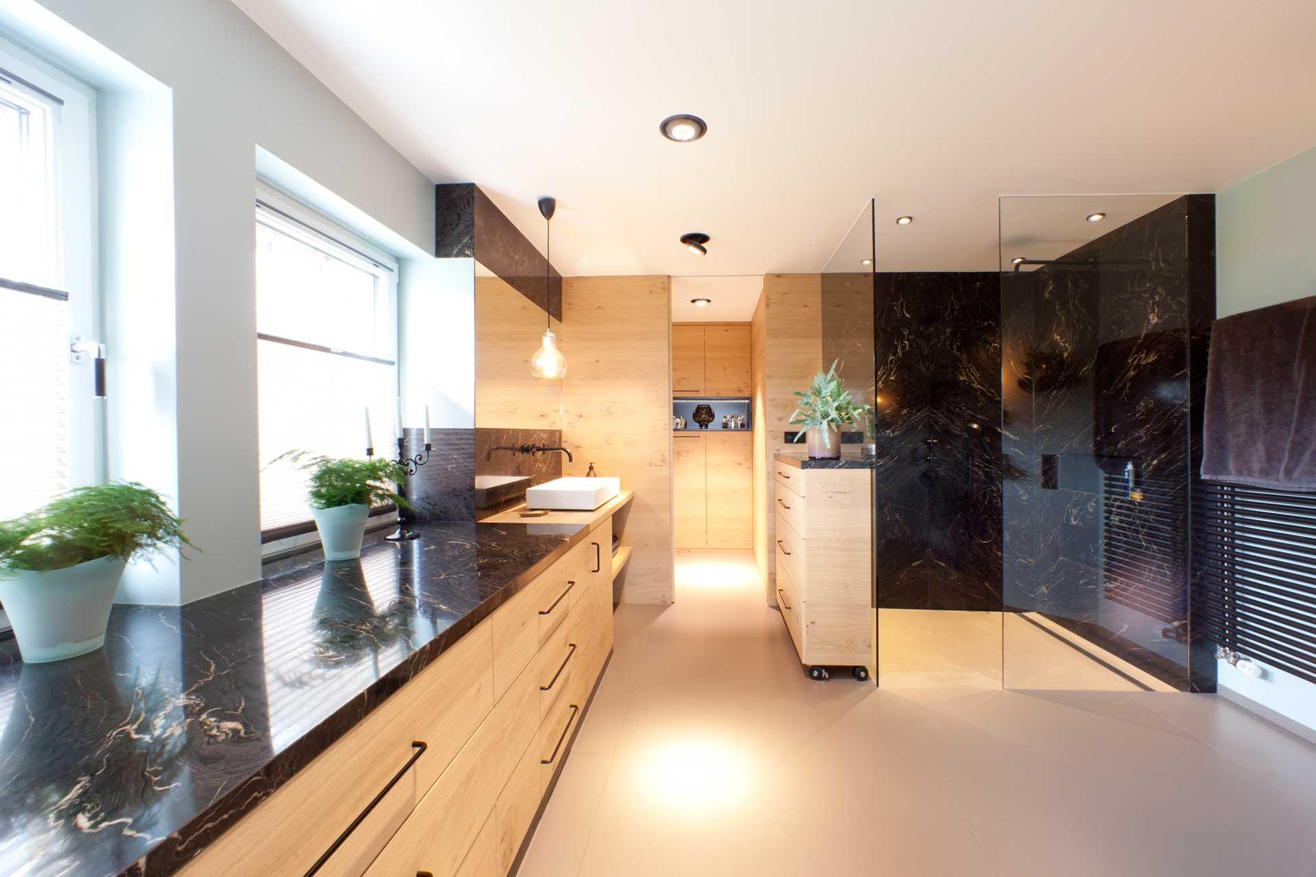 Marmor radermacher exklusive b der k chenarbeitsplatten for Gestaltung von badezimmern