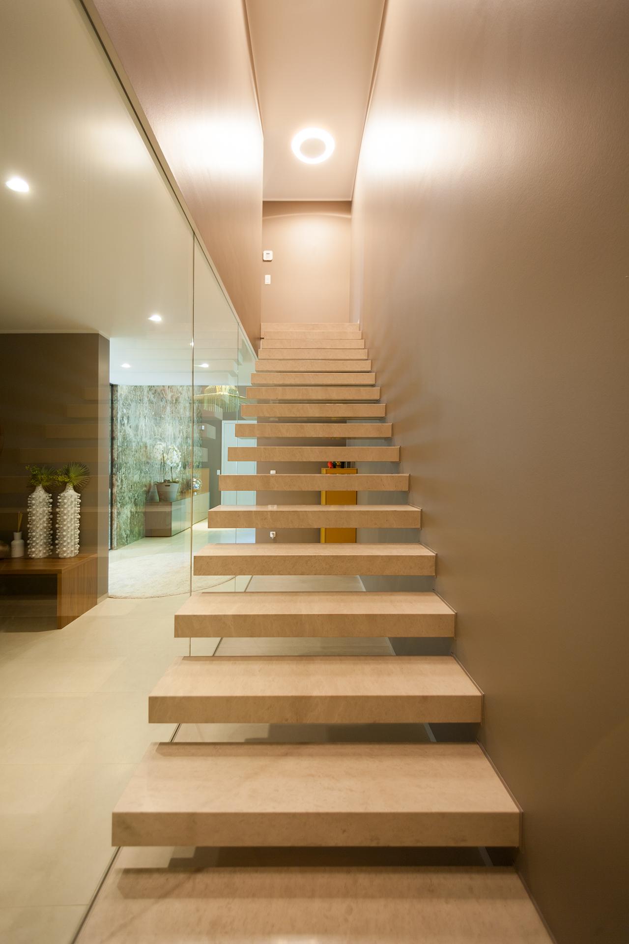 Natursteintreppe aus Blockstufen