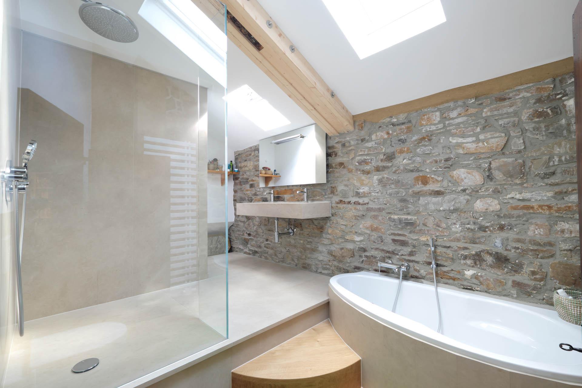 Baddesign fürs Landhaus vom Bäderbauer