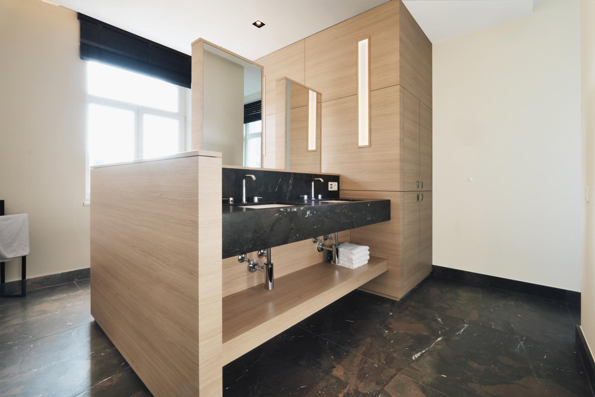 Badstudio Radermacher in der Euregio realisiert individuelle Natursteinbäder nach Kundenwunsch