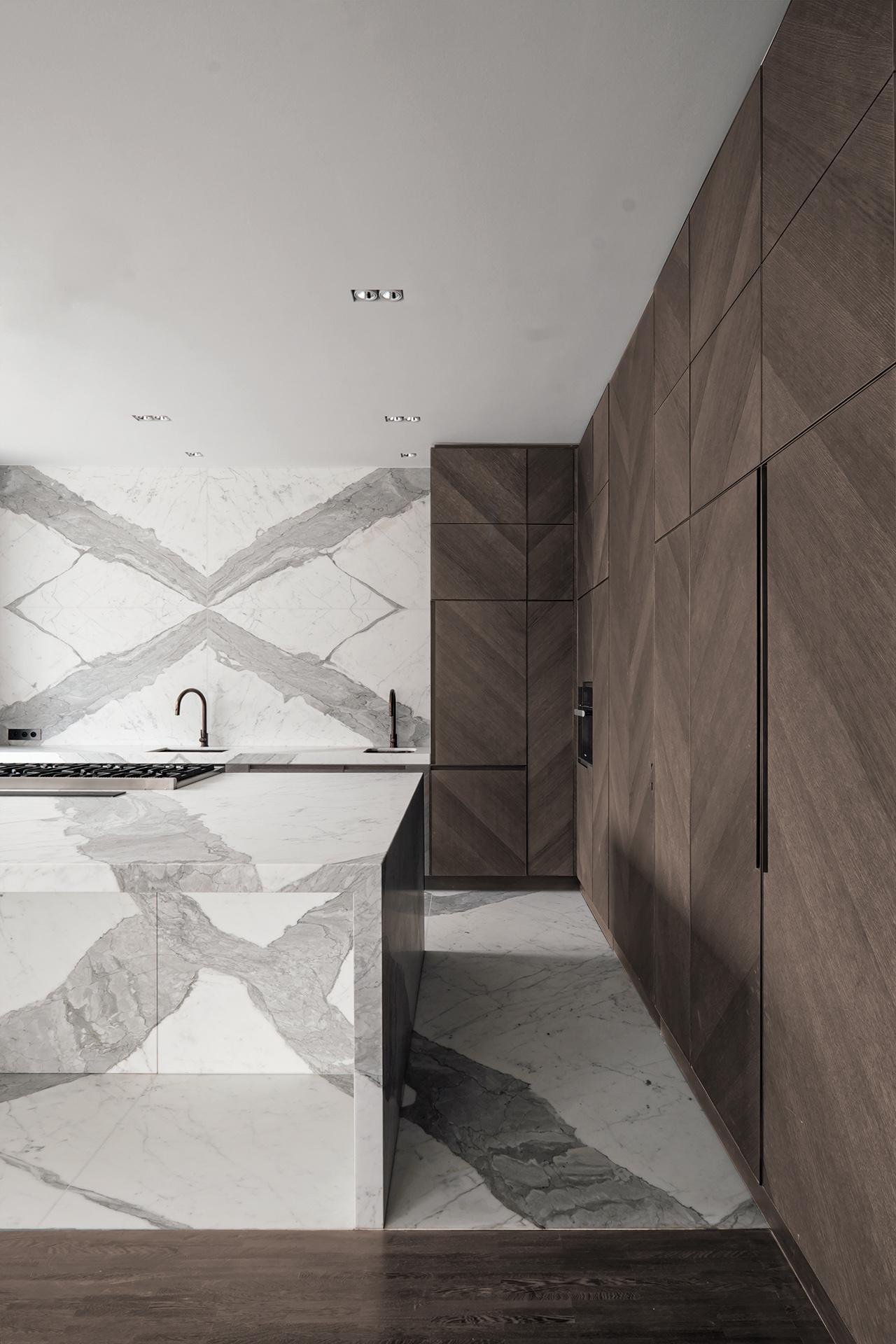 Marmor_Radermacher_Cuisine_Kueche_Statuario_weißer_Marmorkueche_marbre_blanc_white_marble_kitchen_29